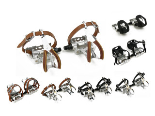 Silver Race Bicycle Pedals with Toe Clips